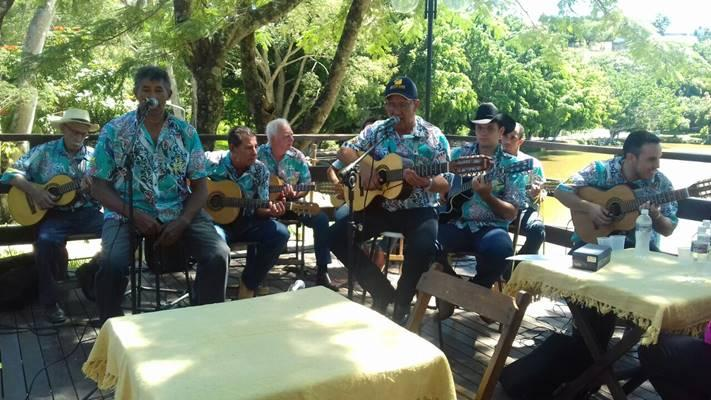 Grupo Viola & Cia relembra sertanejo raiz no Guaxupé Country Club